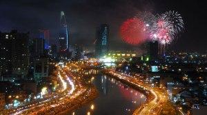Saigon (Ho Chi Minh-City) feiert die erste Stunde des Jahr der Schlange 2013 (Photo: Tuoitre-Online)