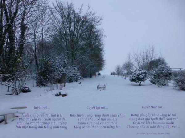 Tuyết rơi lặng lẽ suốt đêm...