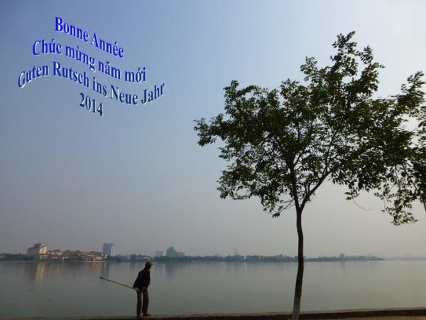 Câu cá ở Hồ Tây - Hà Nội - La pêche au lac de l'Ouest de Hanoi. Photo: MTT France 2013