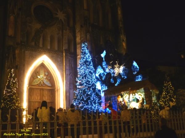 L'église principale de Hanoi à Noel 2013. Photo: MTT 2013