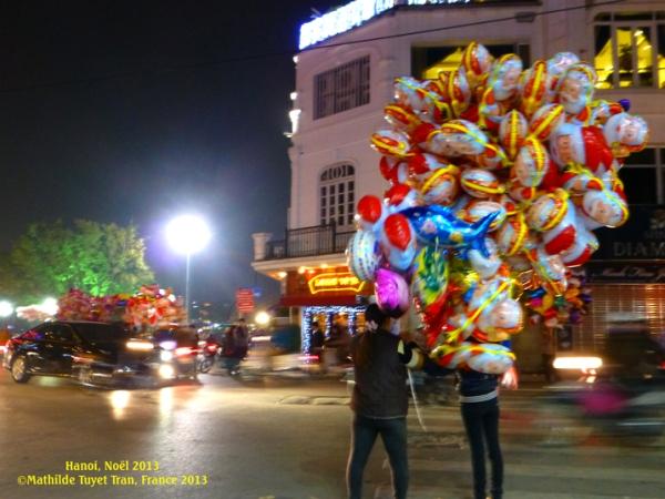 La nuit de Noel à Hanoi. Photo: MTT, Hanoi 2013