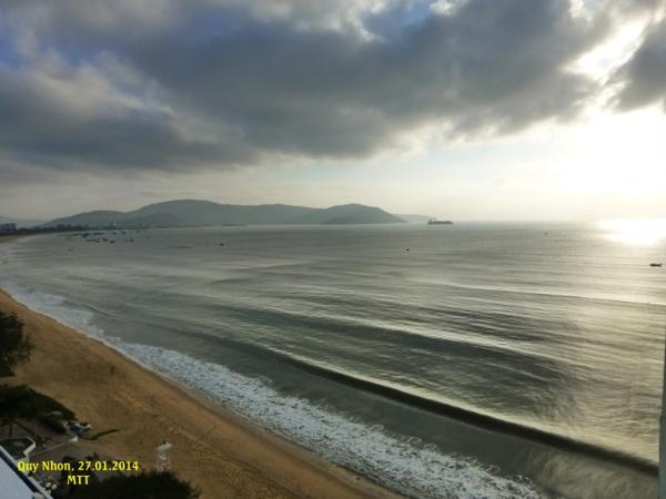 La baie de Quy Nhon un jour de pluie. Photo MTT 2014